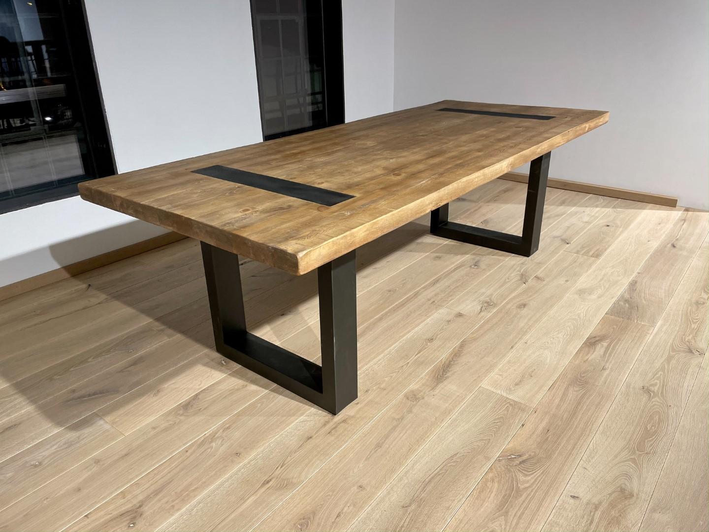 Massivholztisch Altholz Optik – Holz & Eisen